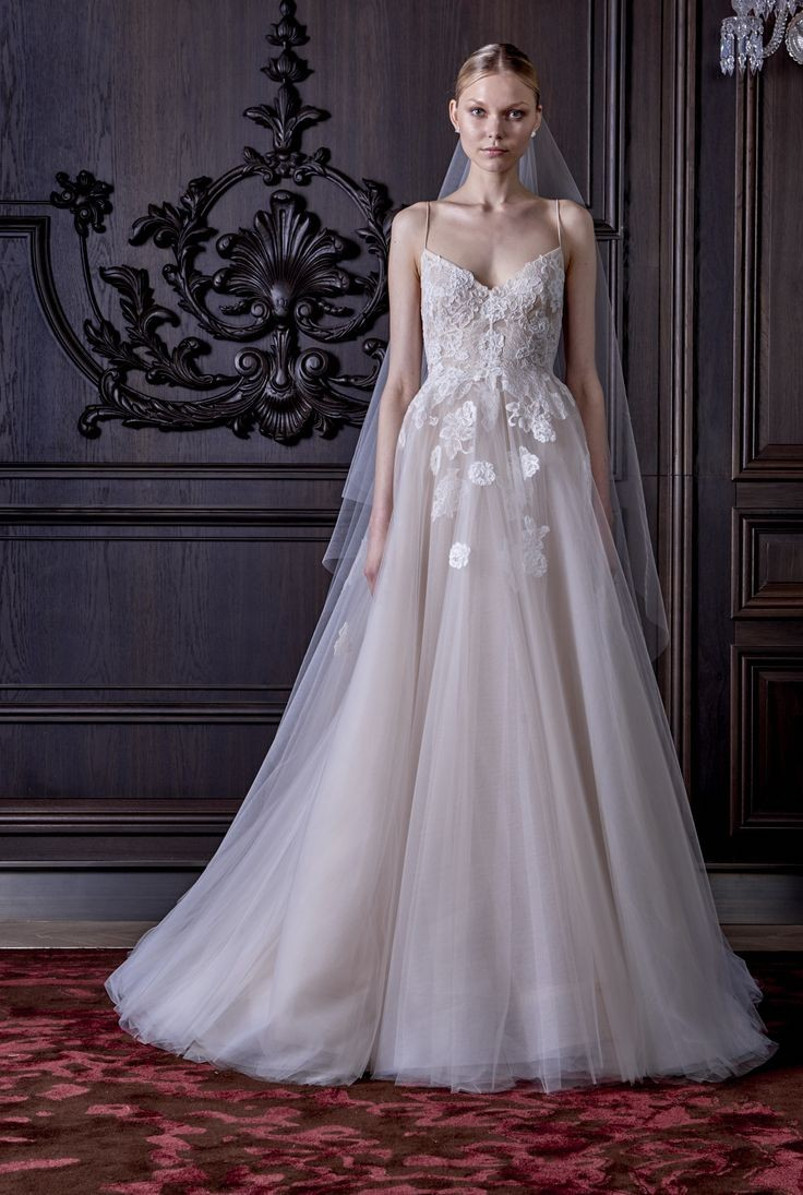 83ef0bf99777a أفضل محلات فساتين زفاف بالرياض مع الصور والأسعار