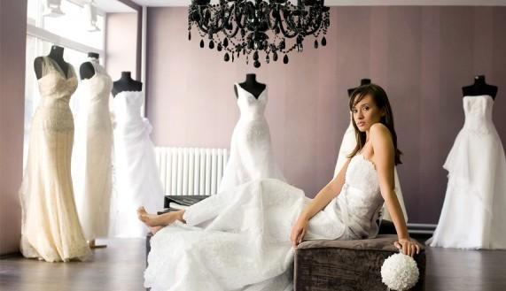 أفضل أسعار فساتين الزفاف