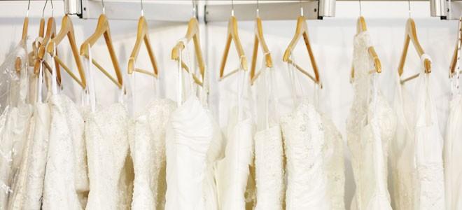 شراء فستان الزفاف