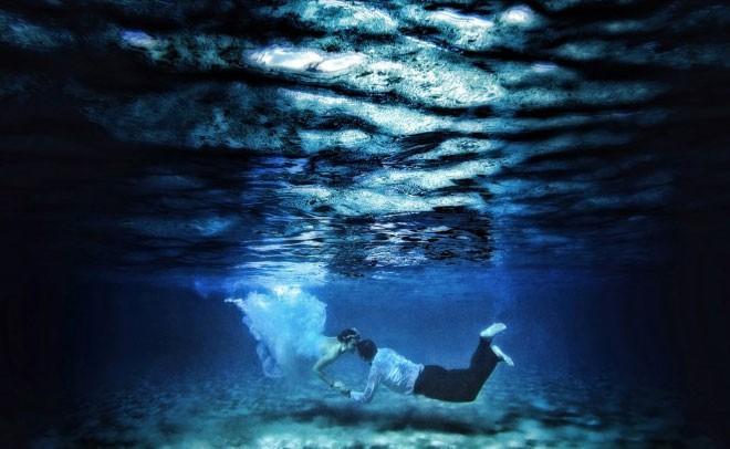 الغوص تحت الماء