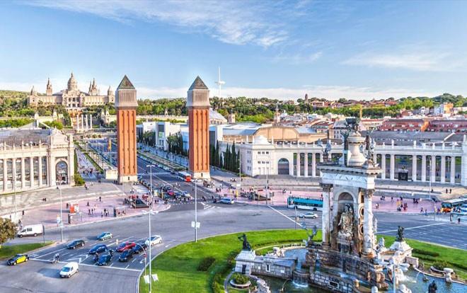 شهر العسل في برشلونة