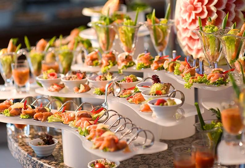 الوجبات السريعة في حفلات الزفاف