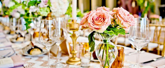 تنسيق الورود في حفلات الزفاف