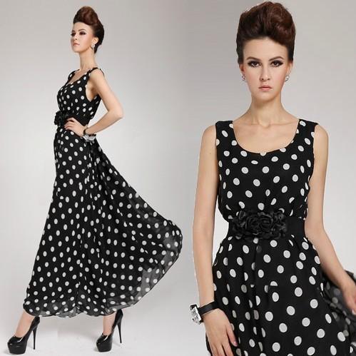 الفساتين السوداء المنقطة باللون الابيض