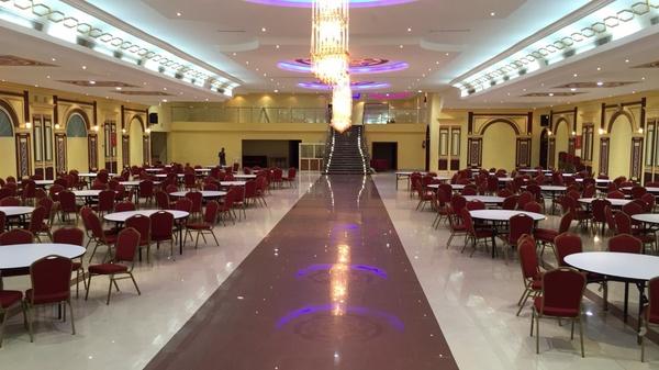 قاعة الفخامة للاحتفالات والمؤتمرات- المجمعة