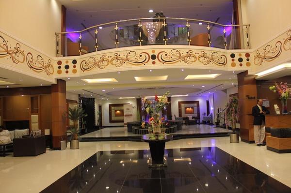 فندق ميرال كراون