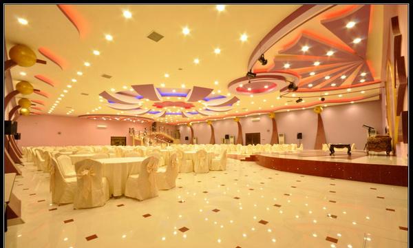 قاعة الحياة للاحتفالات بالرس