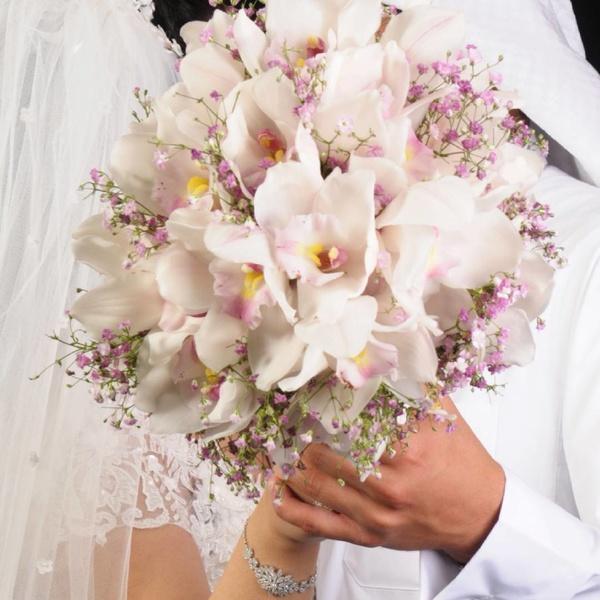 استديو الوردة الزهريه للتصوير النسائي