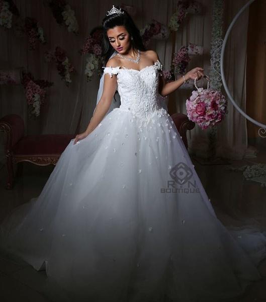 بوتيك رن لفساتين الزفاف