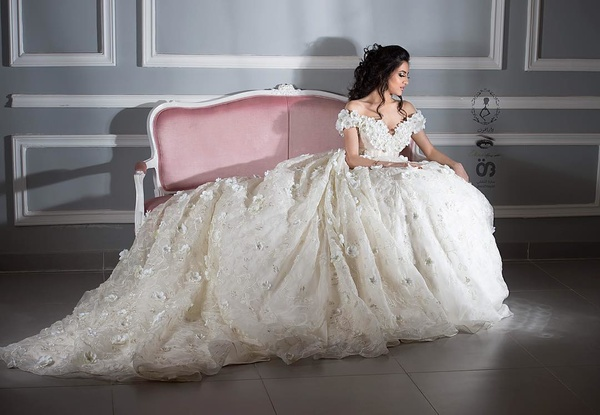 8c4263890628e دار الهنوف لفساتين الزفاف - فستان الزفاف جدة