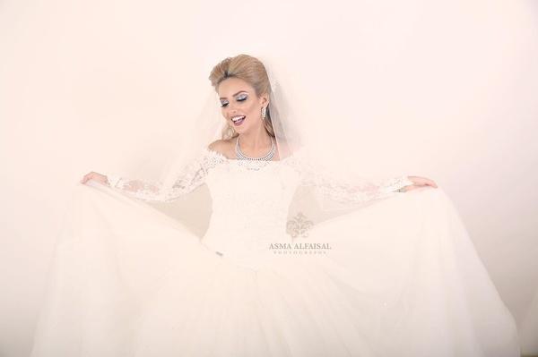 المصورة اسماء الفيصل