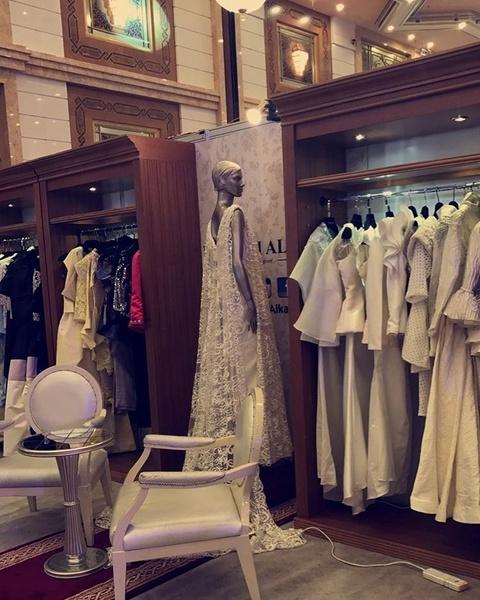 دار مصممة الأزياء السعودية نفيسة الكاف