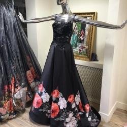 الليلكي لفساتين السهرة