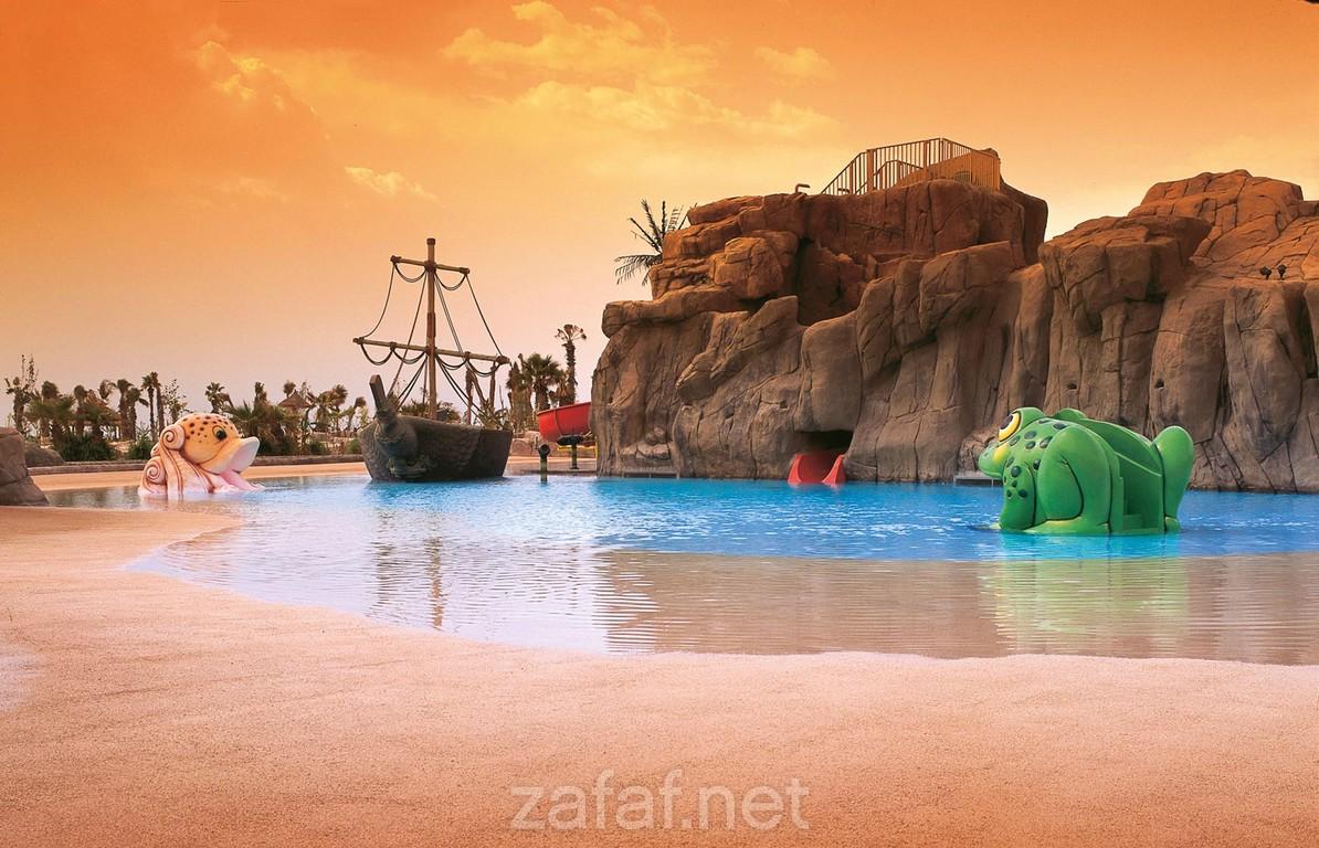 منتجع شاطئ الغروب مارينا وسبا