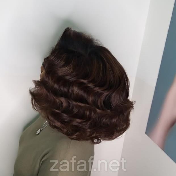 مصففة الشعر مي