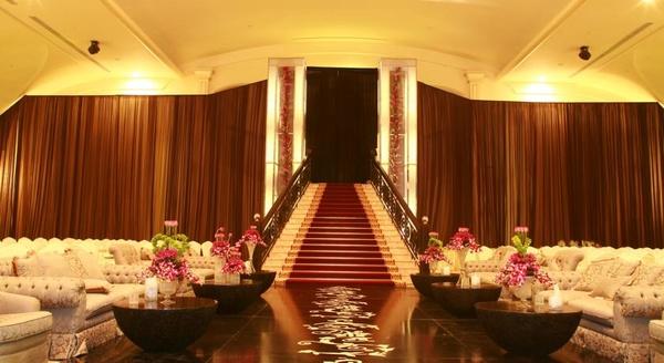 فندق مداريم كراون