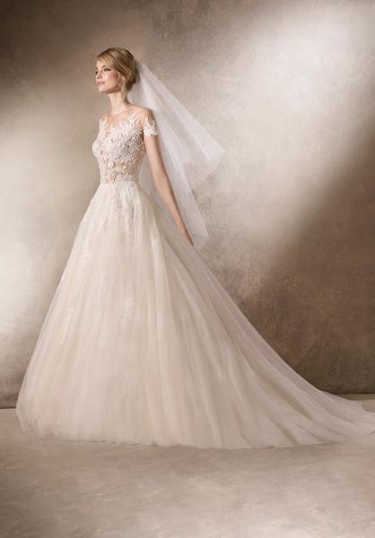 بوتيك أزياء الأعراس