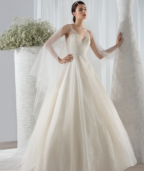ديمتريوس لفساتين الزفاف
