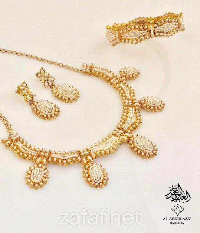 عبد العزيز للمجوهرات