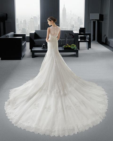 18e33479857b8 فساتين زفاف فخمه